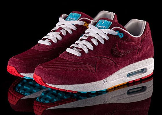 new style 77710 c0582 Patta Para x Nike Air Max 1 (West Ham colours )