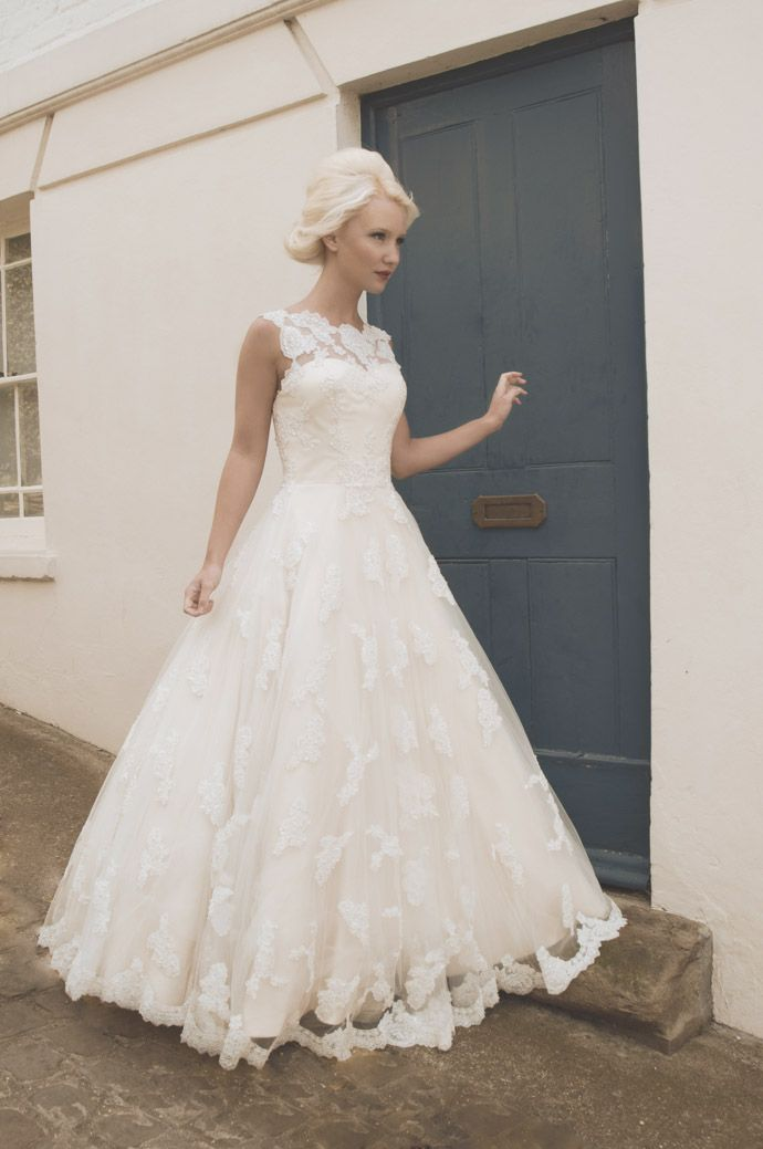 Vintage Bespoke Wedding Gowns | Strictly weddings, Vintage glamour ...