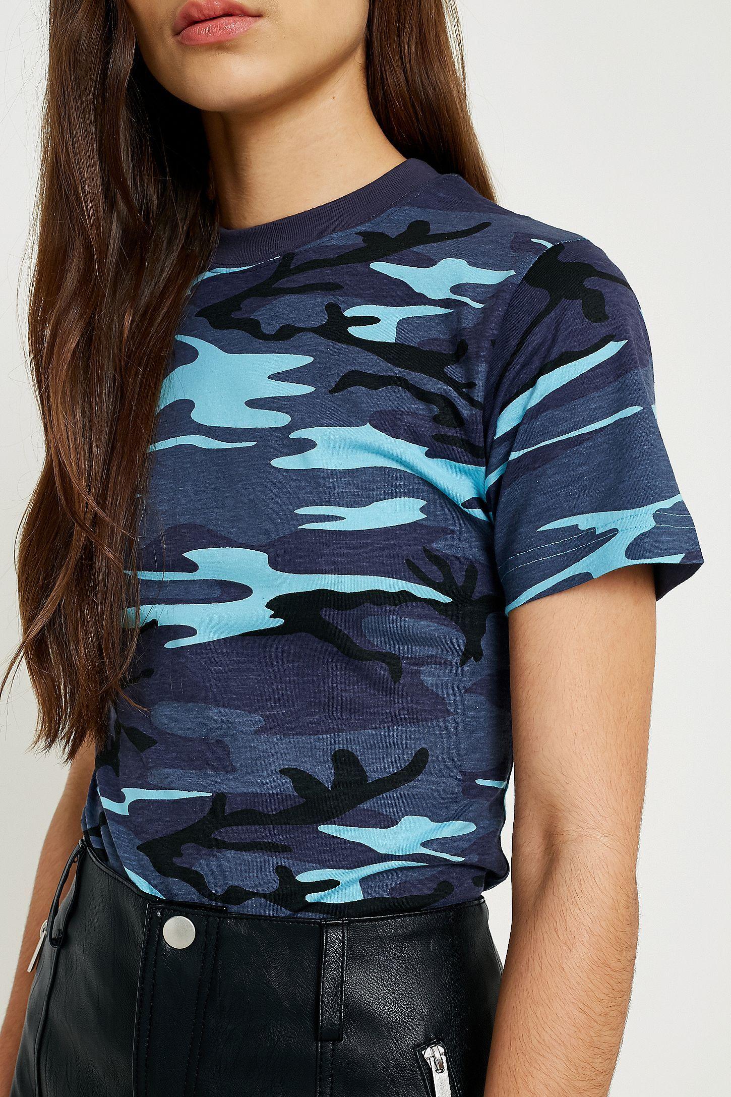 a1f4124a Slide View: 4: Urban Renewal Vintage Surplus British Midnight Blue Camo T- Shirt
