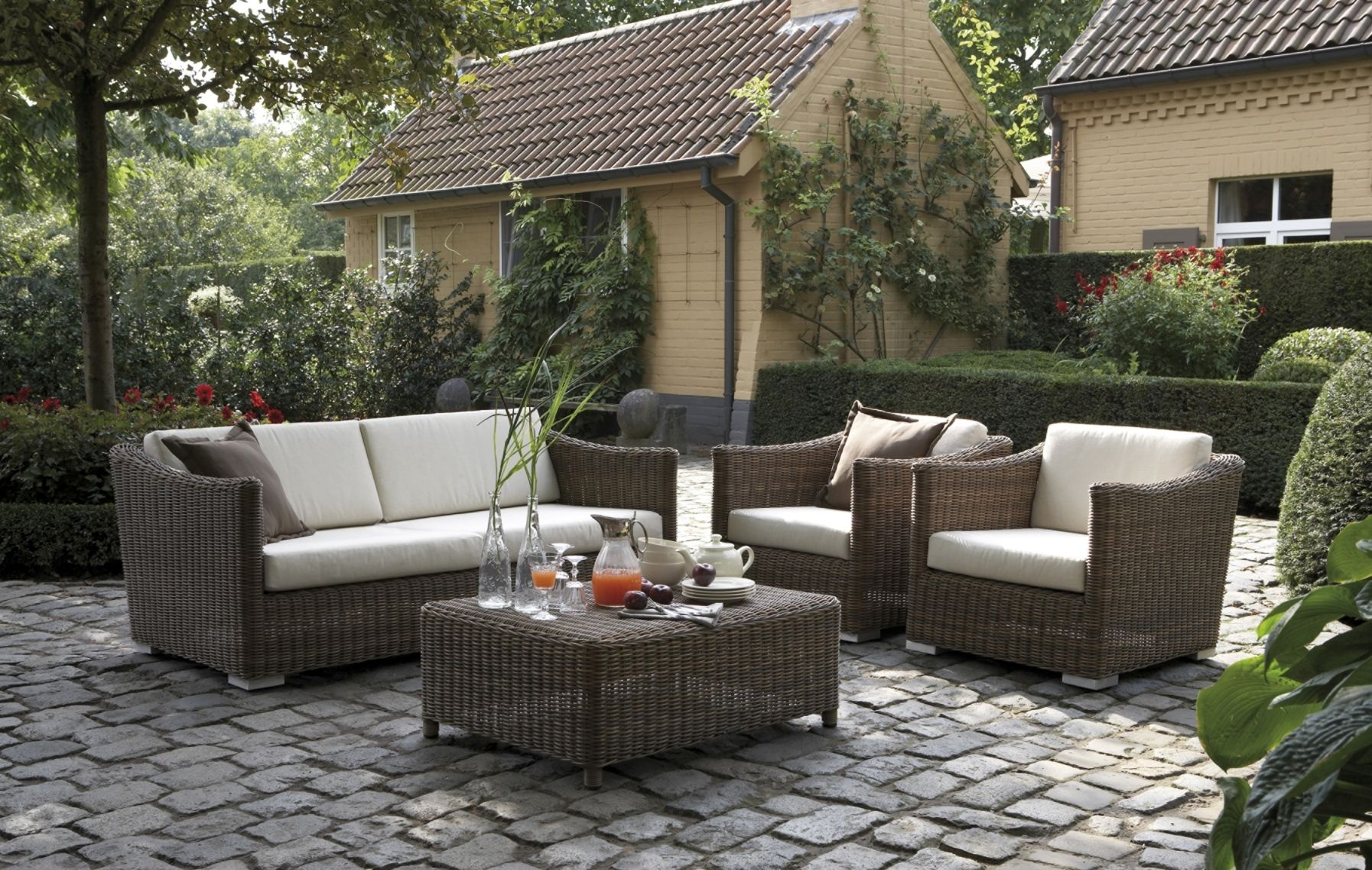 Do You Want To Decorate Your Terrace With Outdoor Furniture But Do Not Know  What You Have To Think First To Be Able To Decide? Here Are Some Tips.