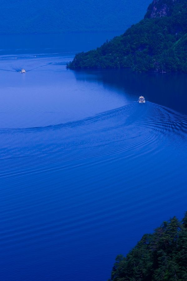 blue lake/towada,japan