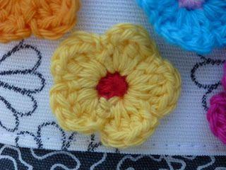 Mrs Busy: patroon gehaakt bloemetje