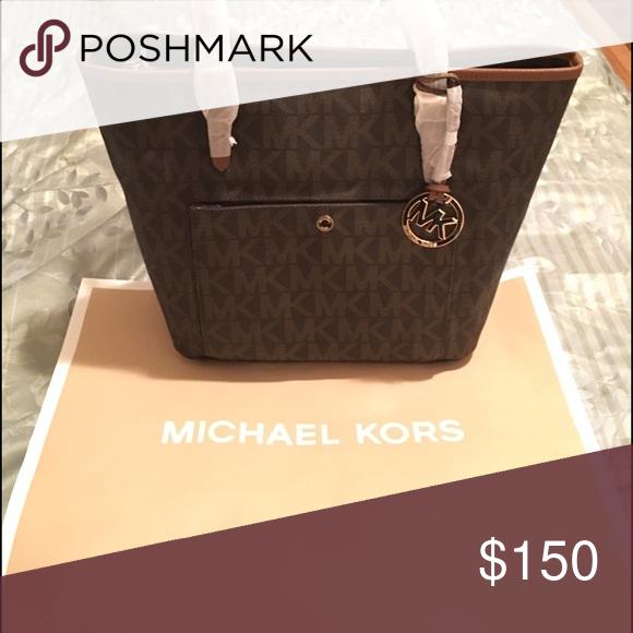 Authentic Michael Kors Handbag Like New Rarely Used Under
