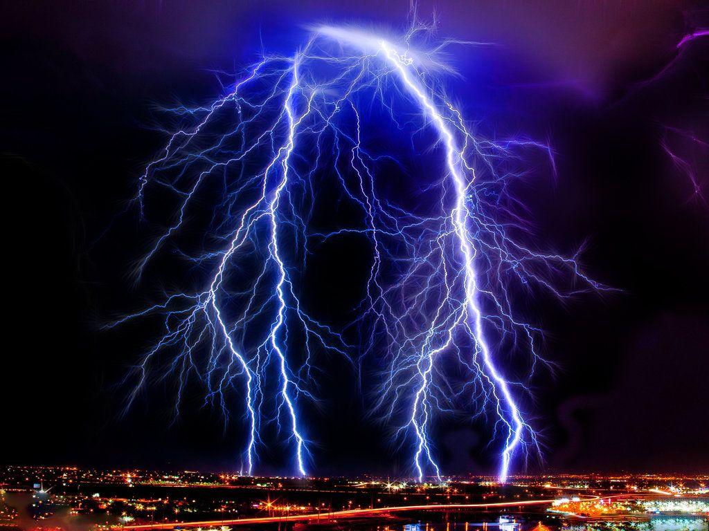 Epic Lightning Strike Blue Lightning Beautiful Nature Thunder And Lightning