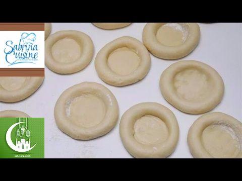 تحضيرات رمضان 2017 عجينتي الخاصة لكافة انواع المخبوزات و الفطائر تستحق التجربة Sabrina Cuisine Youtube Food Arabic Food Bread And Pastries