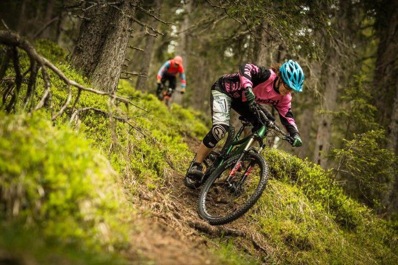 Perfekte Trails eingebettet in traumhafter alpiner Landschaft.