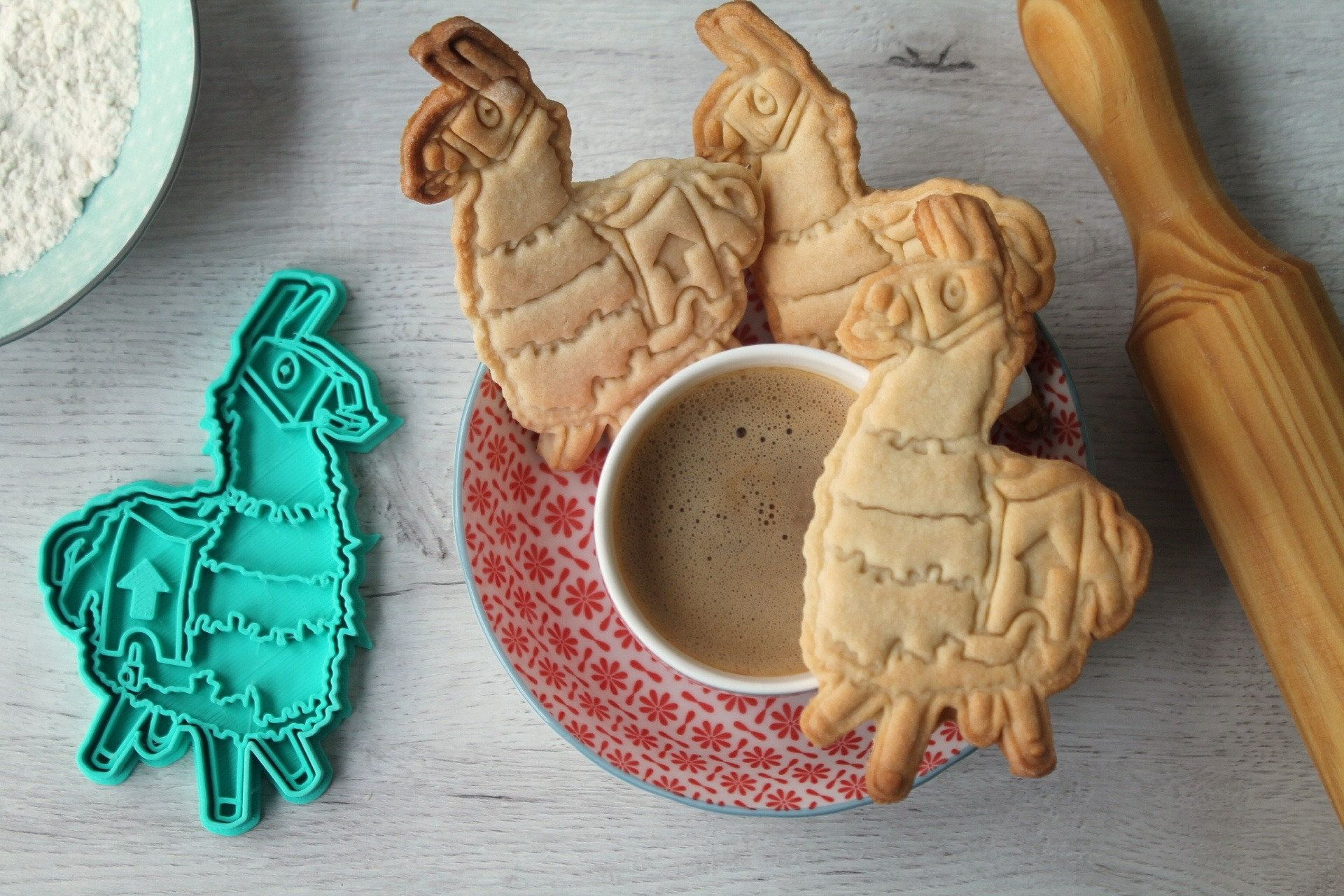 Fortnite llama cookie cutter cookie mold with the shape