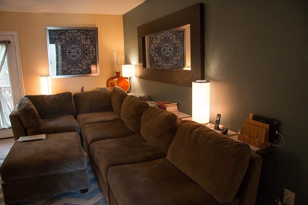 Dette IKEA hack er utrolig! Bare kjøpe IKEA veggmonterte hyller, henge dem på veggen, så gjør dette med sofaen!