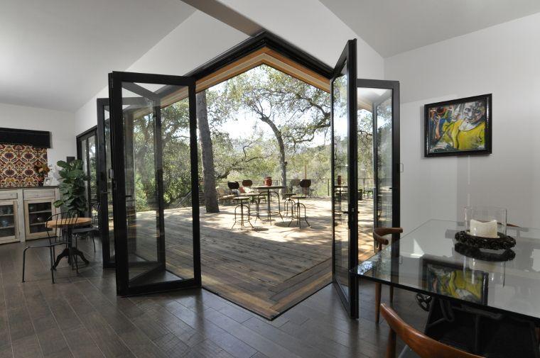 Lanai Doors Bifolding Glass Walls And Folding Doors Systems Gallery Folding Glass Doors Folding Glass Patio Doors Exterior Doors With Glass