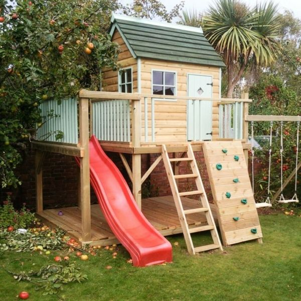 Spielhaus mit Rutsche und Kletterwand Kinderspielhaus