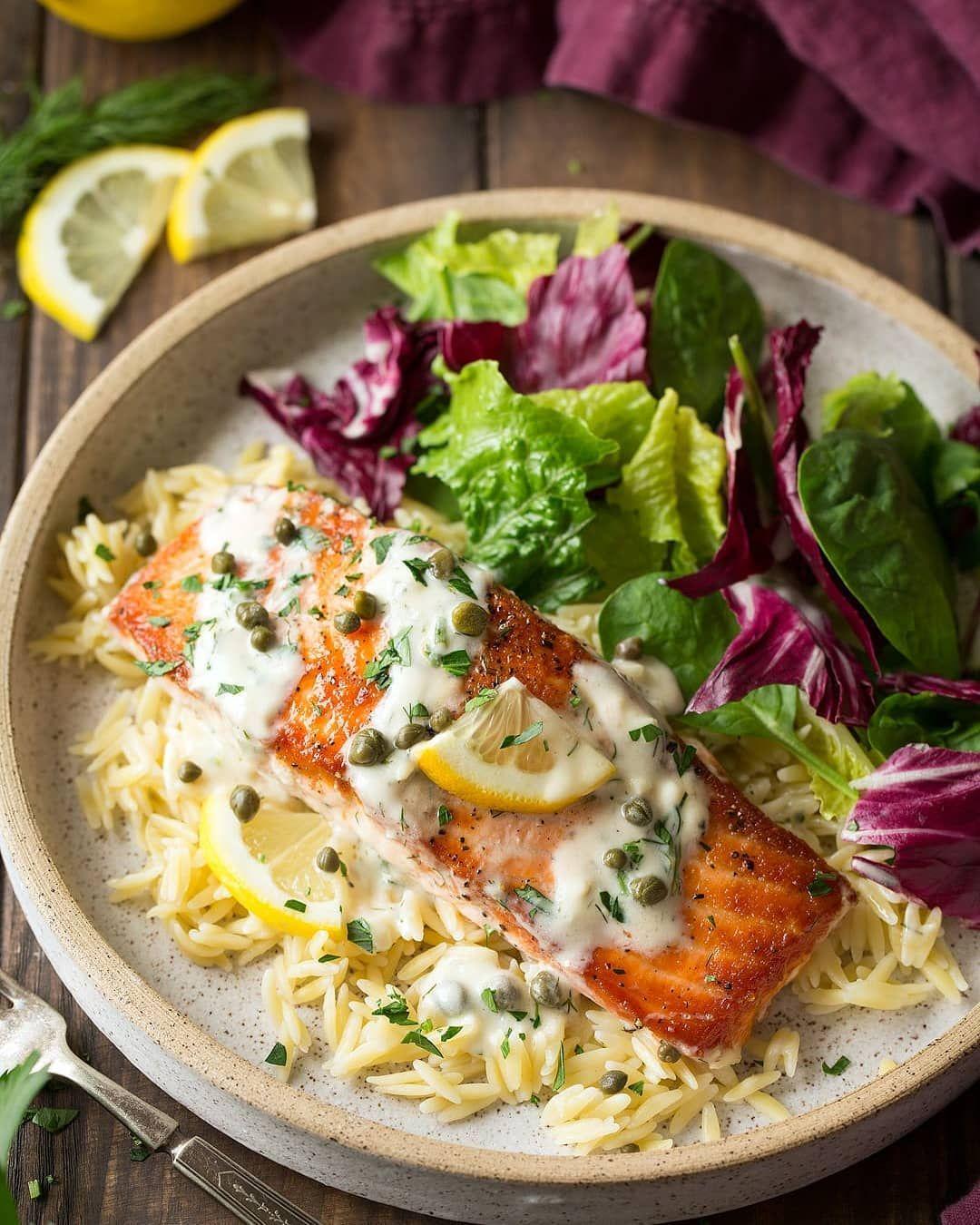 اعرف معنا ما هى الأغذية التي ترفع المعنويات غذاء رقم 1 السمك و زيوت السمك السمك غنى بالاحماض الدهنيه الاوميجا 3 وهى قادره علي التخلص من حاله الكأ