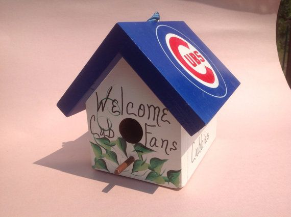 Vintage Wooden Handmade Hand Painted Chicago Cubs Bird House