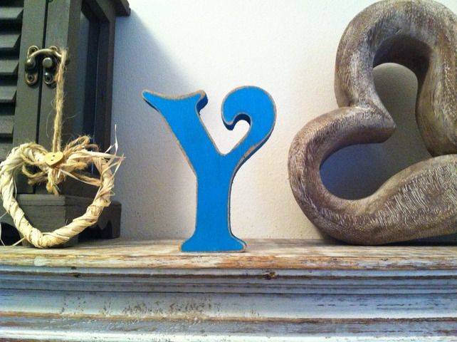 Freestanding Wooden Wedding Letter 'Y' - Distressed Finish - 15cm - Victorian £5.95
