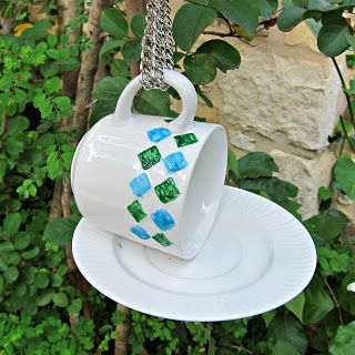 morena's corner: Make a Bird Feeder with Cups and Saucers from Goodwill