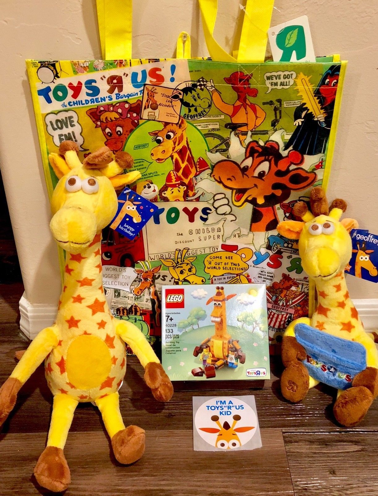 Toys R Us Toysrus Geoffrey Giraffe Lot Lego Birthday Plush Set Bag Sticker Birthday Plush Lego Birthday Lego