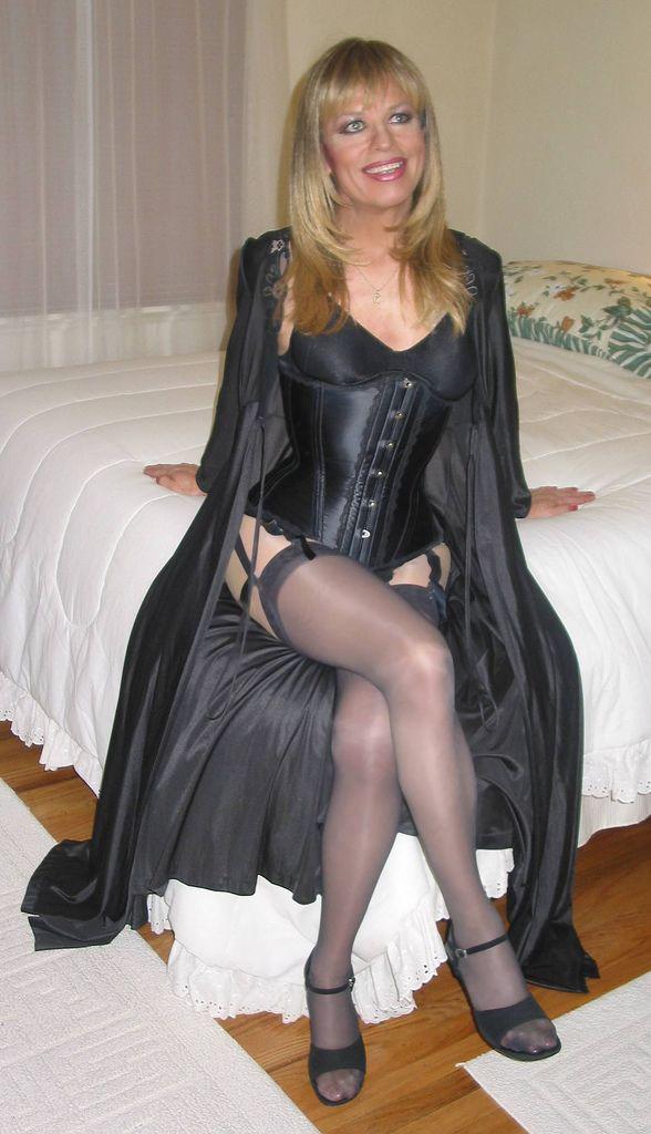 Transvestite Women Lingerie, Black Lingerie, Corsets, Skirt Boots, Sexy  Skirt, Girdles