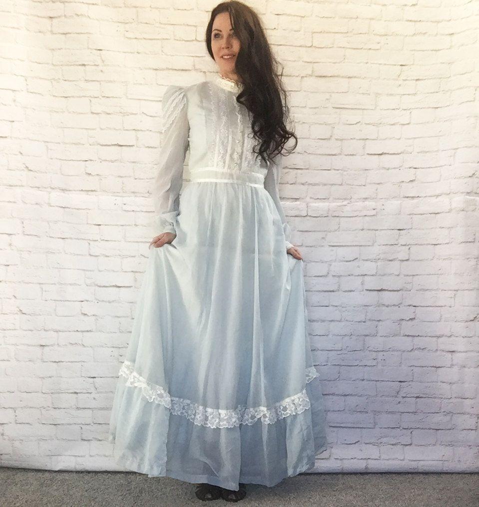 Long Blue Lace Vintage Maxi Dress