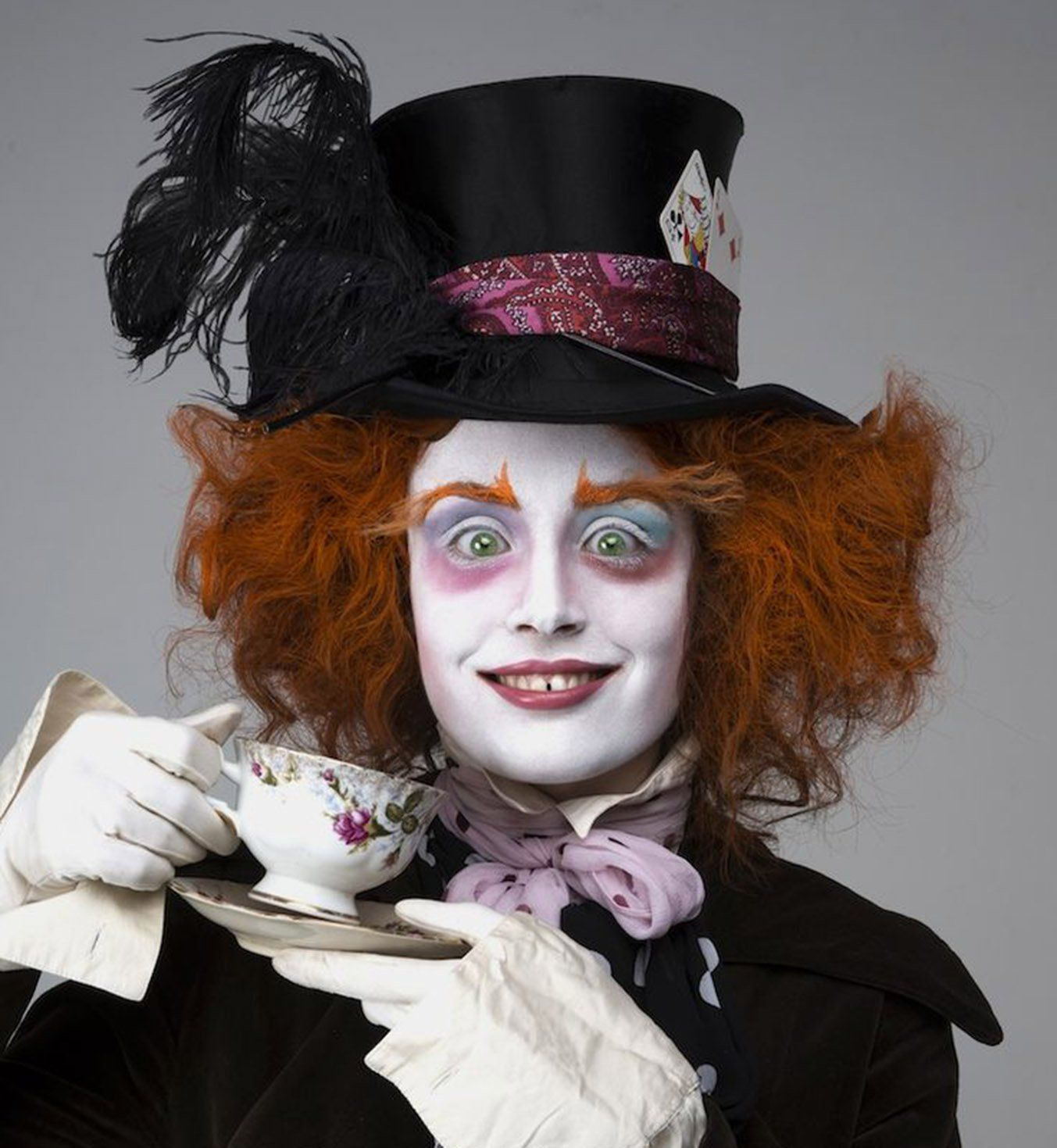 45 maquillages d 39 halloween qui feront de vous la reine de la soir e le chapelier chapelier - Maquillage poupee halloween ...