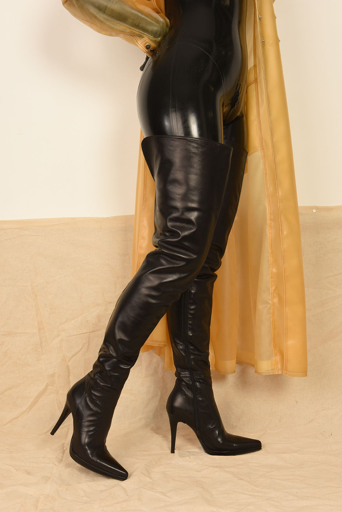 Crotch high boots | Boots, High boots, Shoe boots