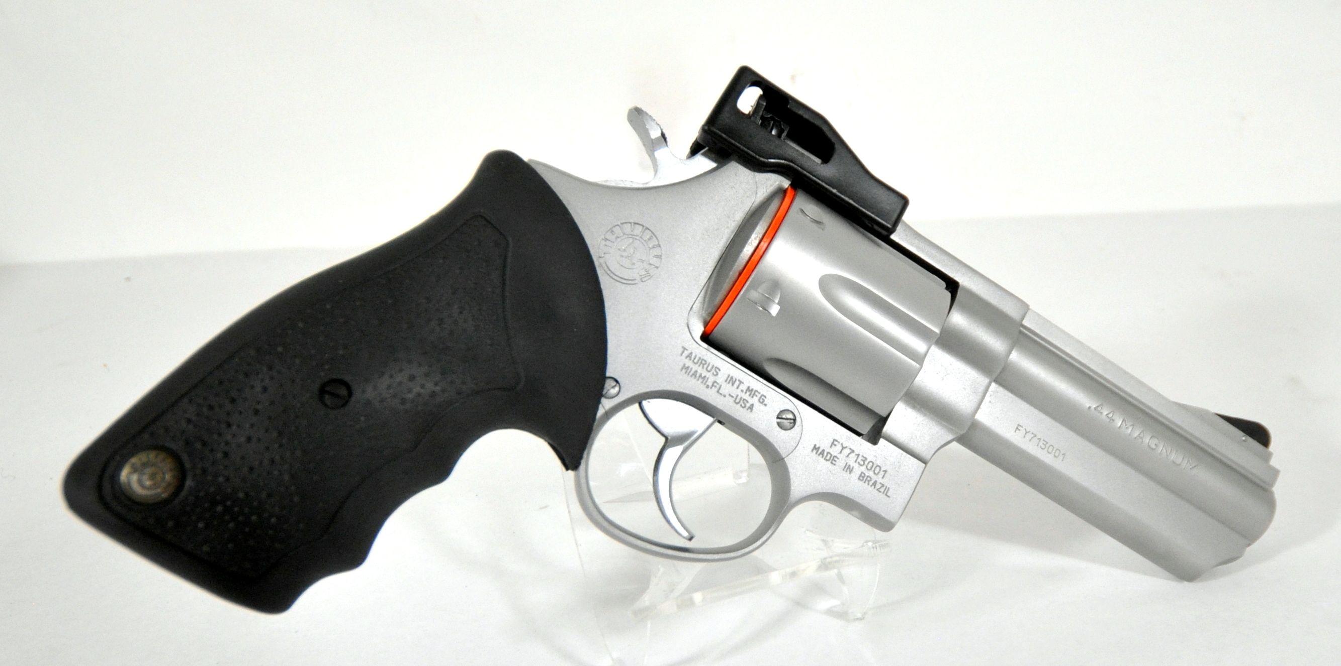 Taurus Model 44 .44Mag 4\