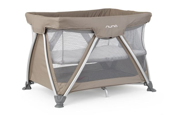 Travel In Style Too Nunapinparty Modernfamilyhome Travel Crib