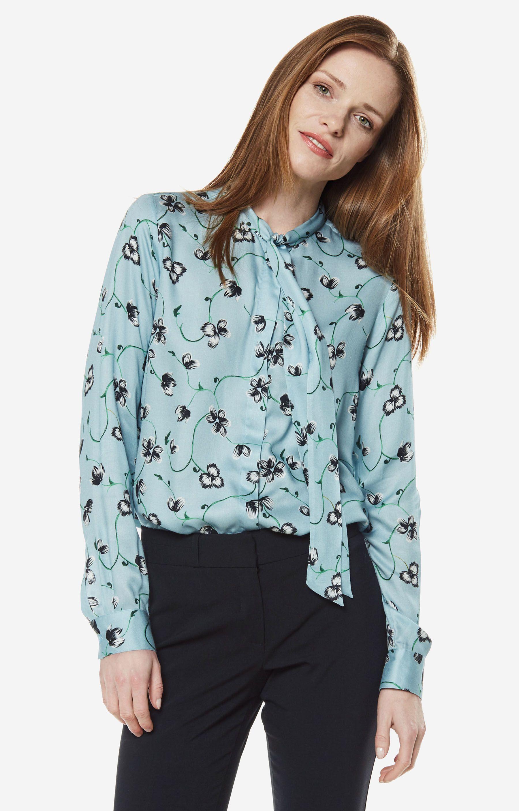 bae8bb103cee77 Koszule damskie - Niebieska koszula damska LAMBERT - DL13LB8746 - sklep  Wólczanka.pl