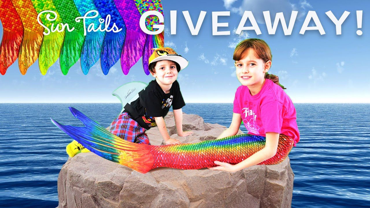 NEW SUN TAILS MERMAID TAIL GIVEAWAY! MERMAID TAIL AND SHARK FIN UNBOXING