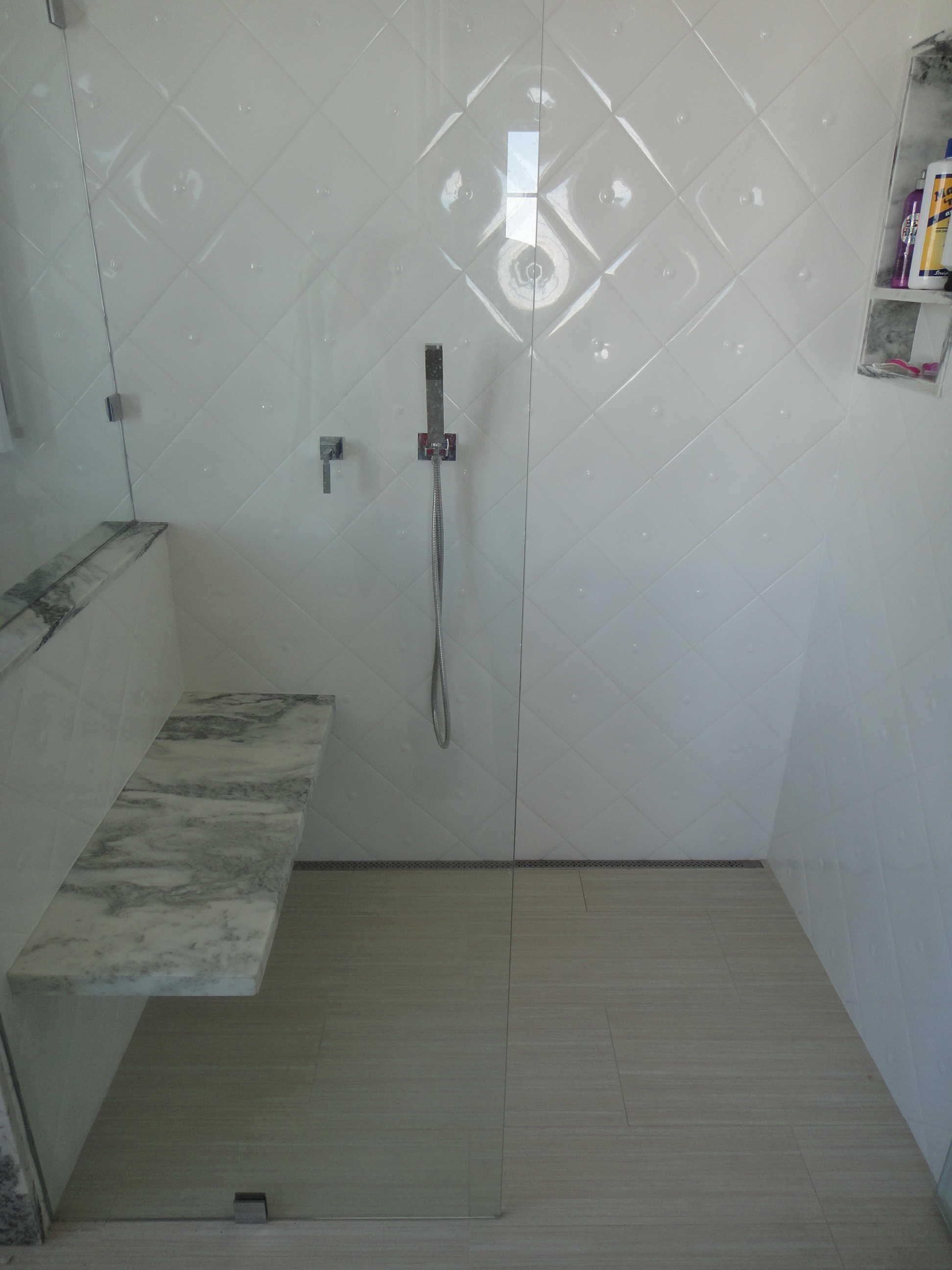 Modern Tile Shower Quickdrain Proline Linear Drains