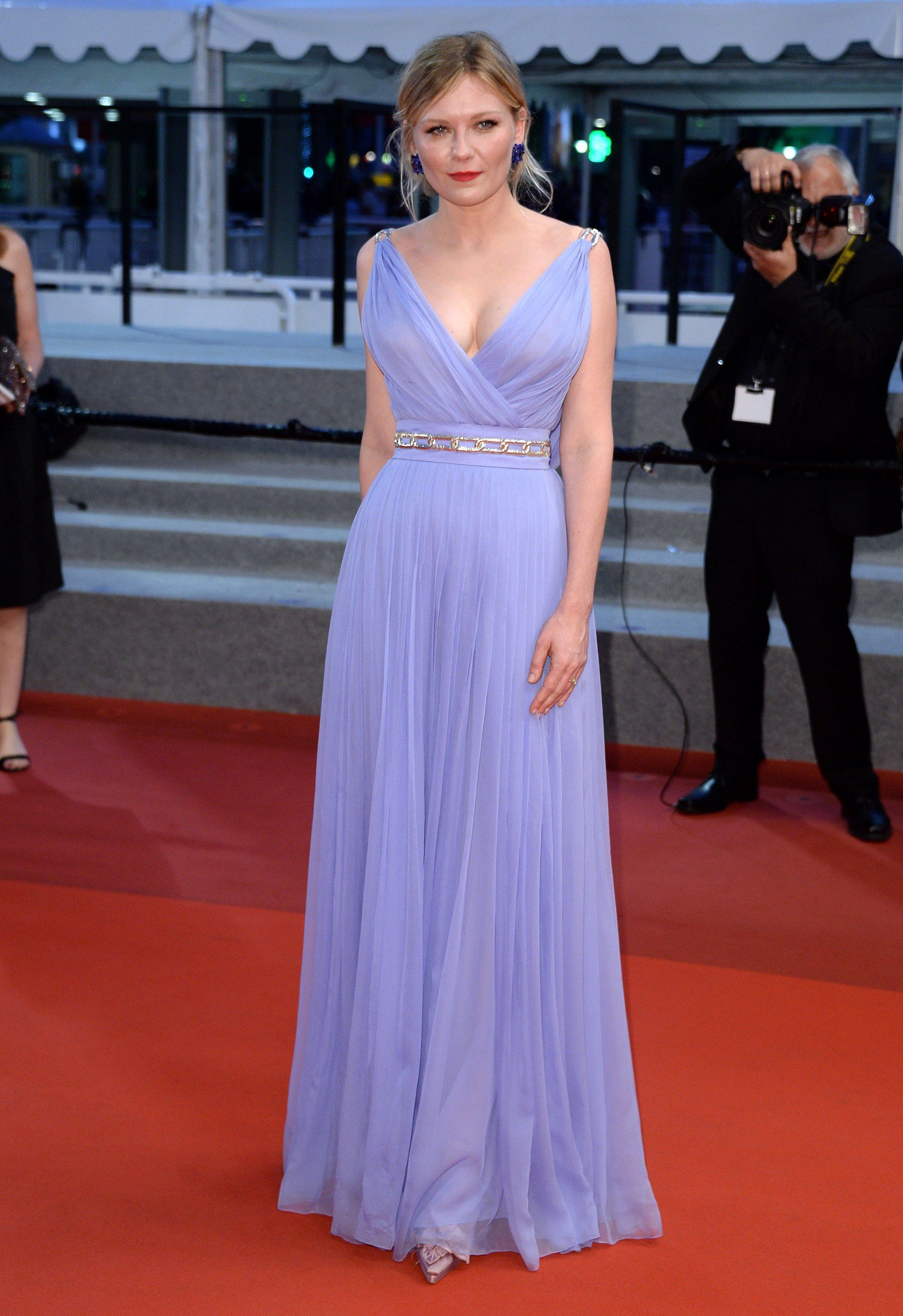 67360a455c Why Kirsten Dunst Is the Queen of the Cannes Film Festival Red ...