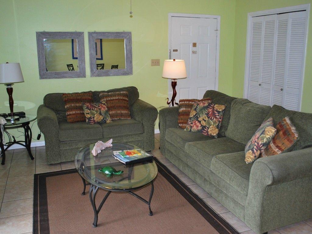 Living Room Beachwood Villas 1 bdrm Seagrove beach