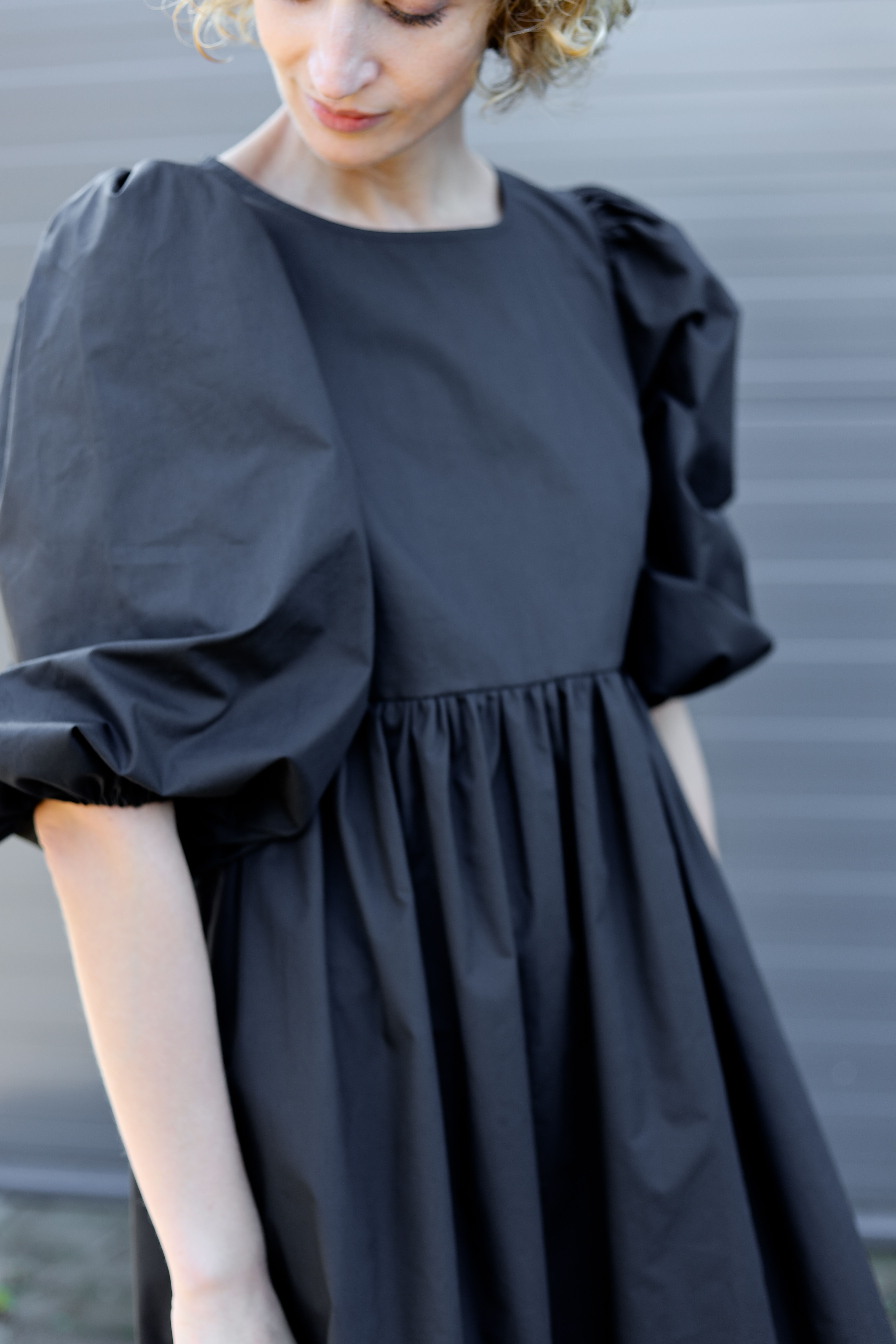 Balloon Sleeve Dress Empire Waist Black Cotton Poplin Dress Etsy In 2021 Minimal Dress Dresses With Sleeves Balloon Sleeve Dress [ 6720 x 4480 Pixel ]