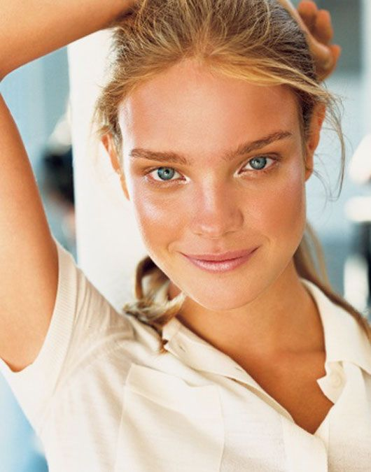 Summer Means Changing Your Beauty Routine, Or Does It?