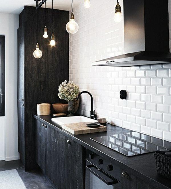 kleine schwarz-weiße Küche-rustikal in 2019 | Küchen design ...
