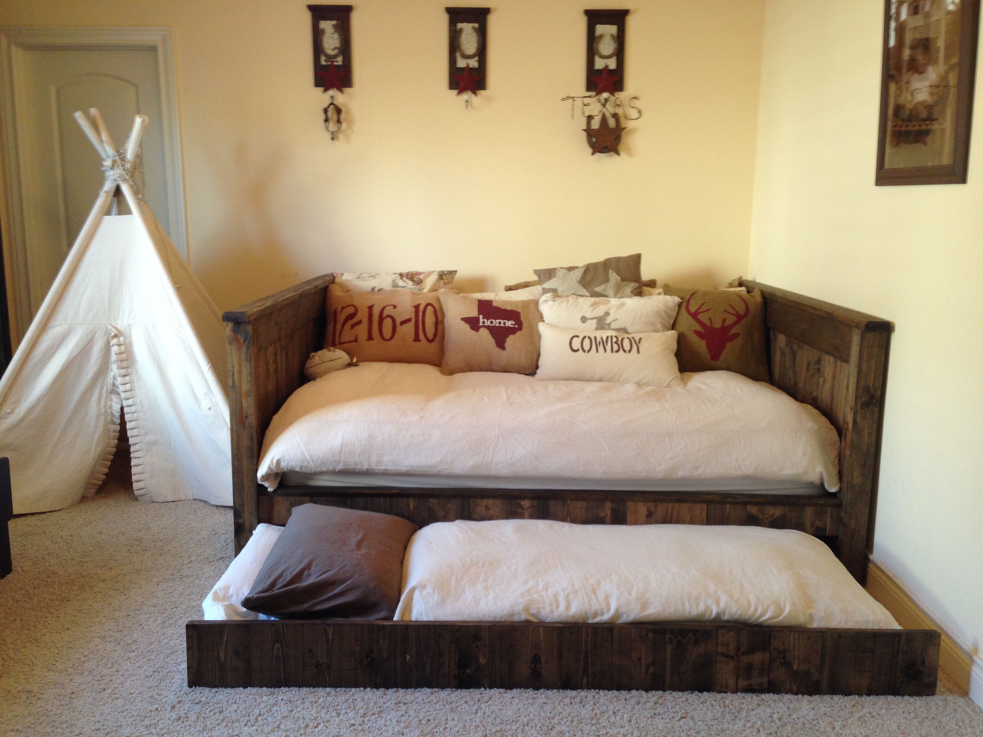 Original Diy Daybed With Trundle Queen Beds Farmhouse