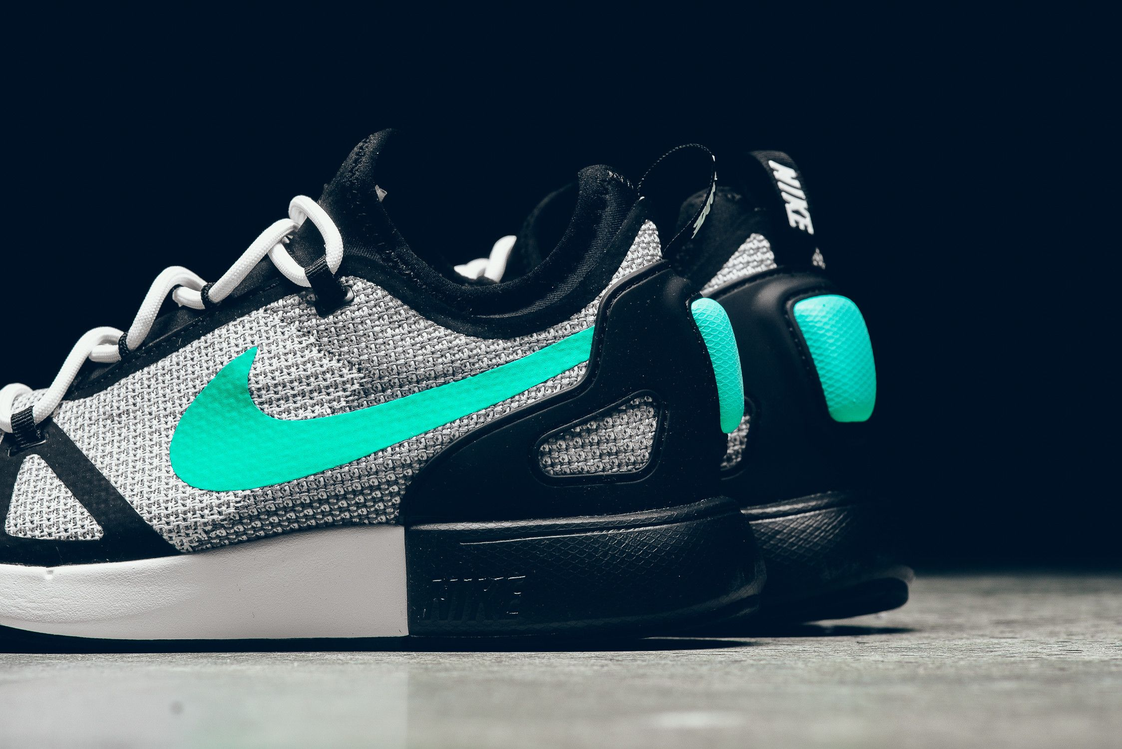 fe8711cf8d You can pick up the Nike Duel Racer in this White/Black/Menta colorway