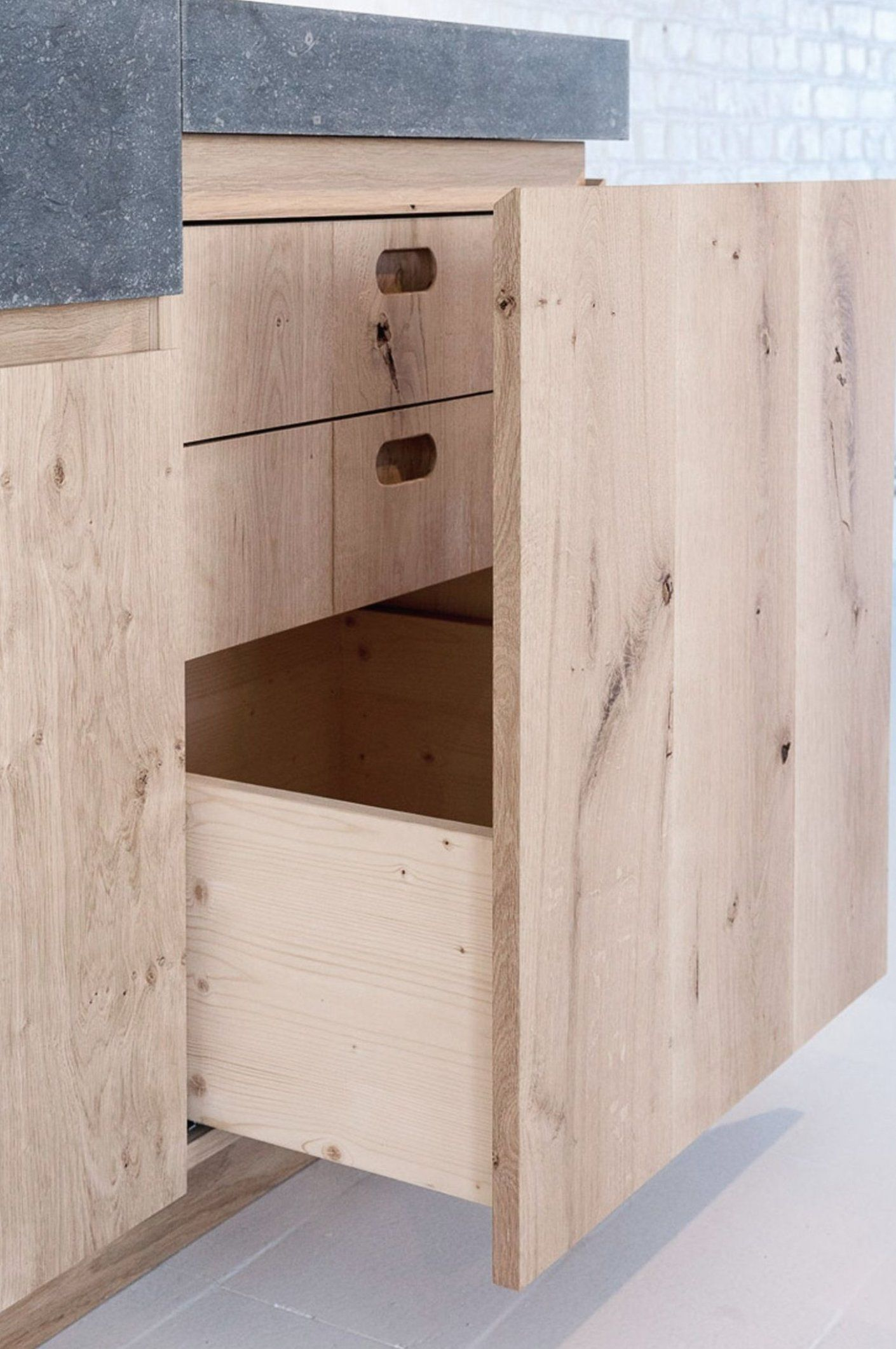 Newkitchencabinets Islandkitchendecor Pineapplekitchendecor Coffeekitchendecor In 2020 Light Wood Kitchens Wood Kitchen Cabinets Cabinet Design