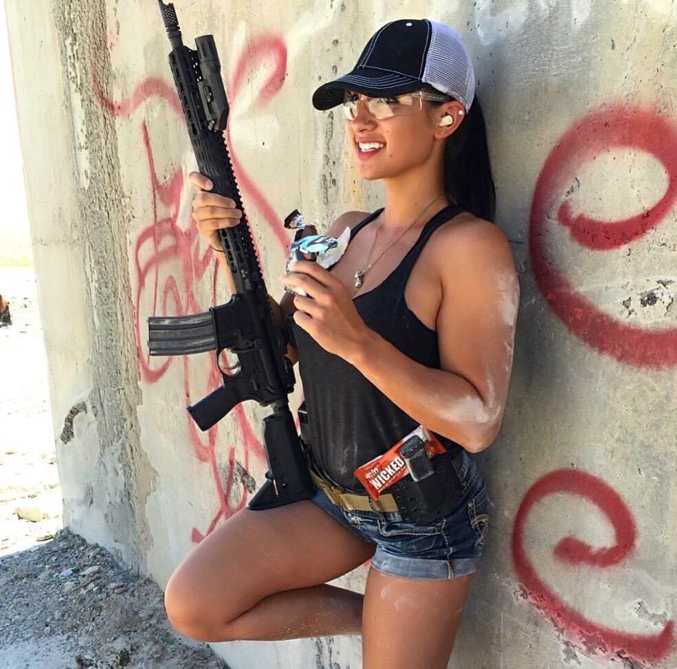 Guns Weapons Girls  E2 99 A5 Ef B8 8f