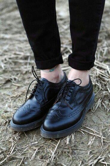 63ebd096c Dr Martens 3989 I WANT THEM ! | M a n F a s h i o n | Shoes, Sock ...