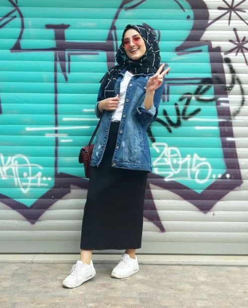 8218e801b1 How to wear the oversized jean jackets with hijab – Just Trendy Girls Ootd  Hijab,