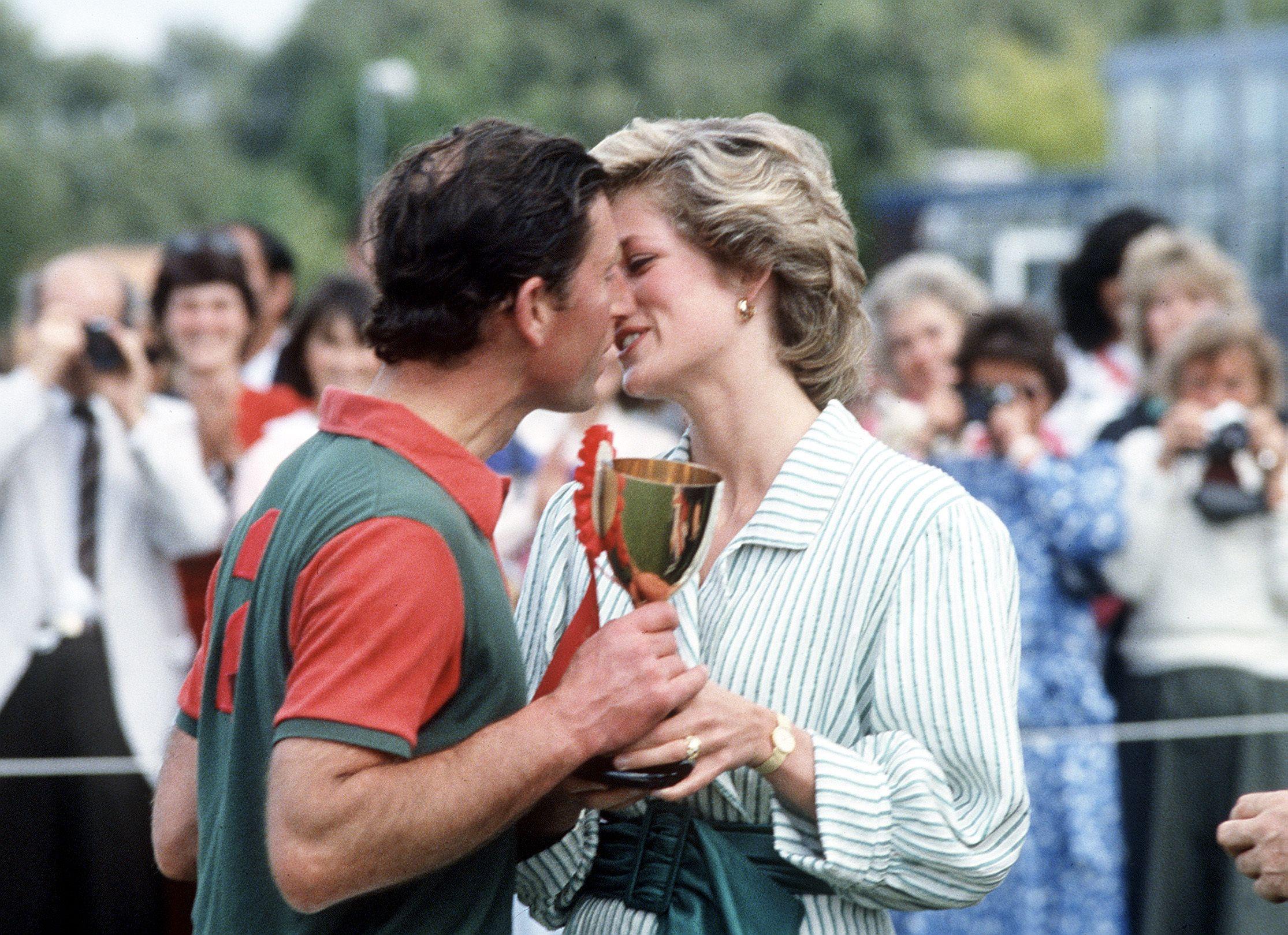 Картинки по запросу diana prince charles kiss polo