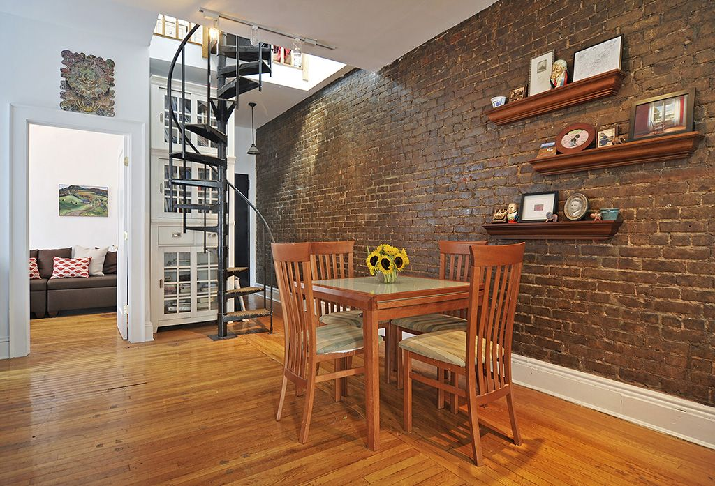 943 President Street, Apt 4F, Park Slope This peaceful and
