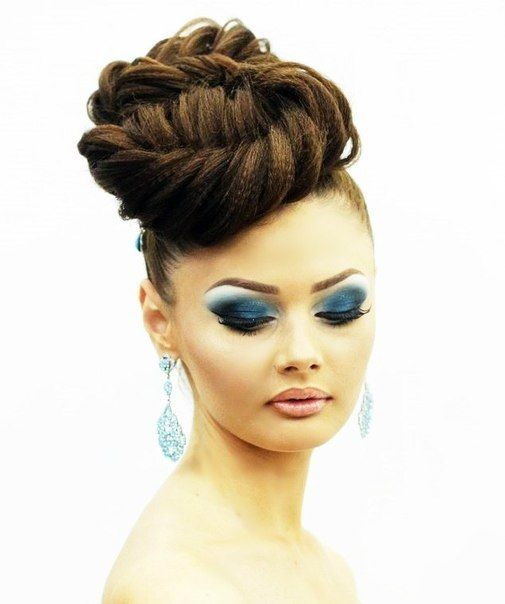 high braided bun for a wedding hot sexy hairstyles. Black Bedroom Furniture Sets. Home Design Ideas
