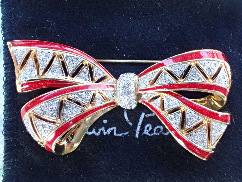 Vintage Signed Erwim Pearl bow brooch rhinestones and enamel AB857 by MeyankeeGliterz on Etsy