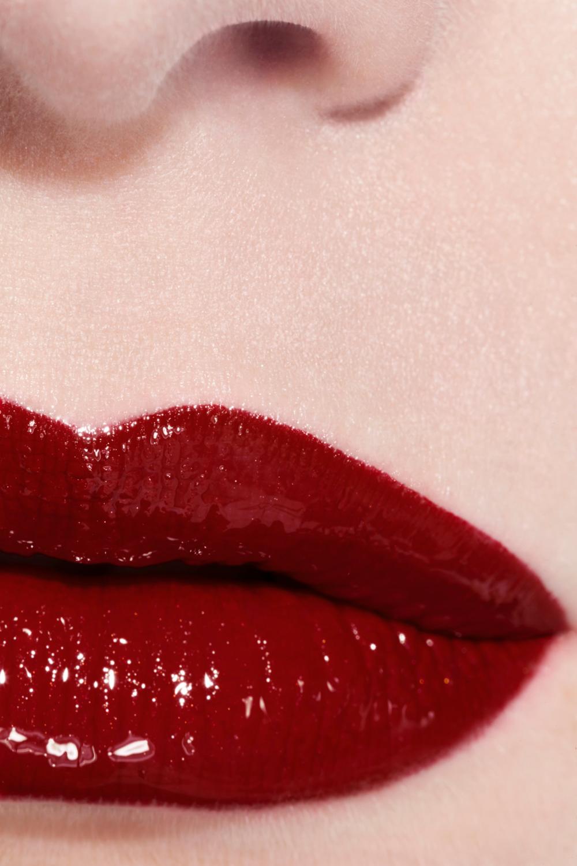 Le Rouge Duo Ultra Tenue Ultrawear Liquid Lip Colour 180 Passionate Red Chanel Color Best Long Lasting Lipstick