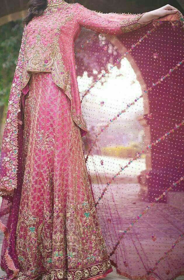 Pin de Sindhu H B en engagement photo ideas | Pinterest