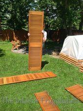 Photo of DIY Garden Screen From Repurposed Louvered Bi-Fold Doors  Entfernen der Scharnie…