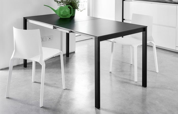 Easy table #easytable #easy #designtable #tabledesign #black #neatdesign #extendable #madeinitaly