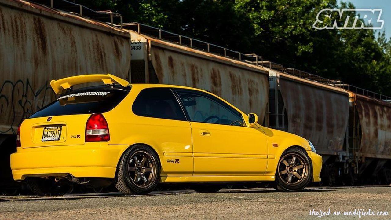 Custom yellow Honda Civic Ek9 Type R Honda civic