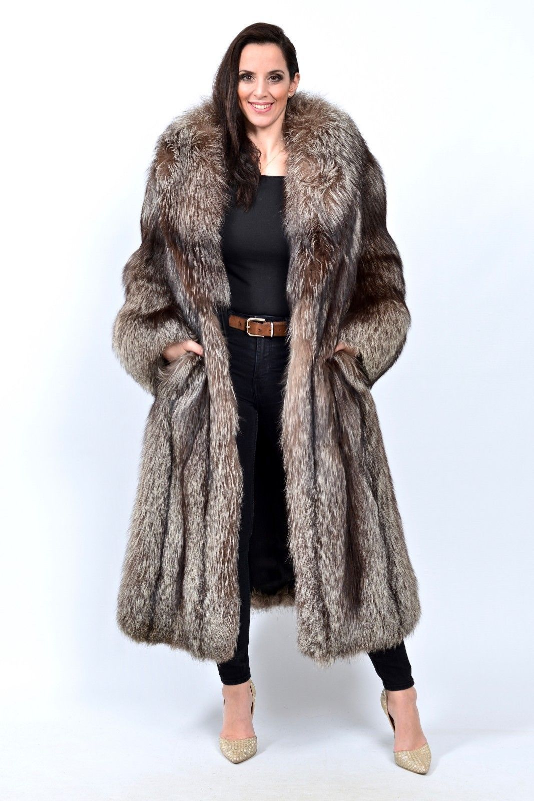 c26b94a2a SILVER FOX FUR COAT LET OUT - CLASS OF BLUE BLUE RED SILVER CANADIAN MINK |  eBay