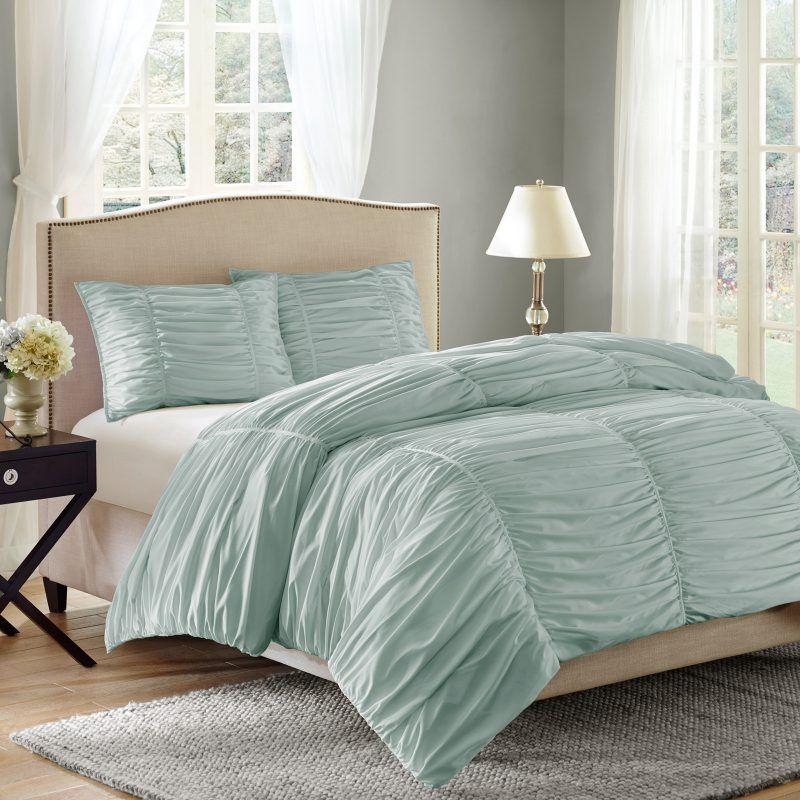 Bedding 101 Standard Sizing Guidelines Hayneedle Bed